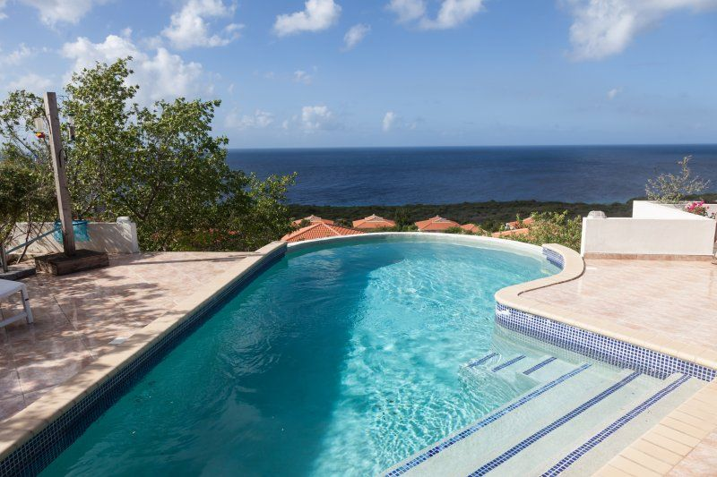 abc travel aruba bonaire curacao villa 900. Black Bedroom Furniture Sets. Home Design Ideas